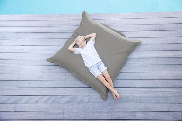 Universal Cushion Taupe | Mooi Living