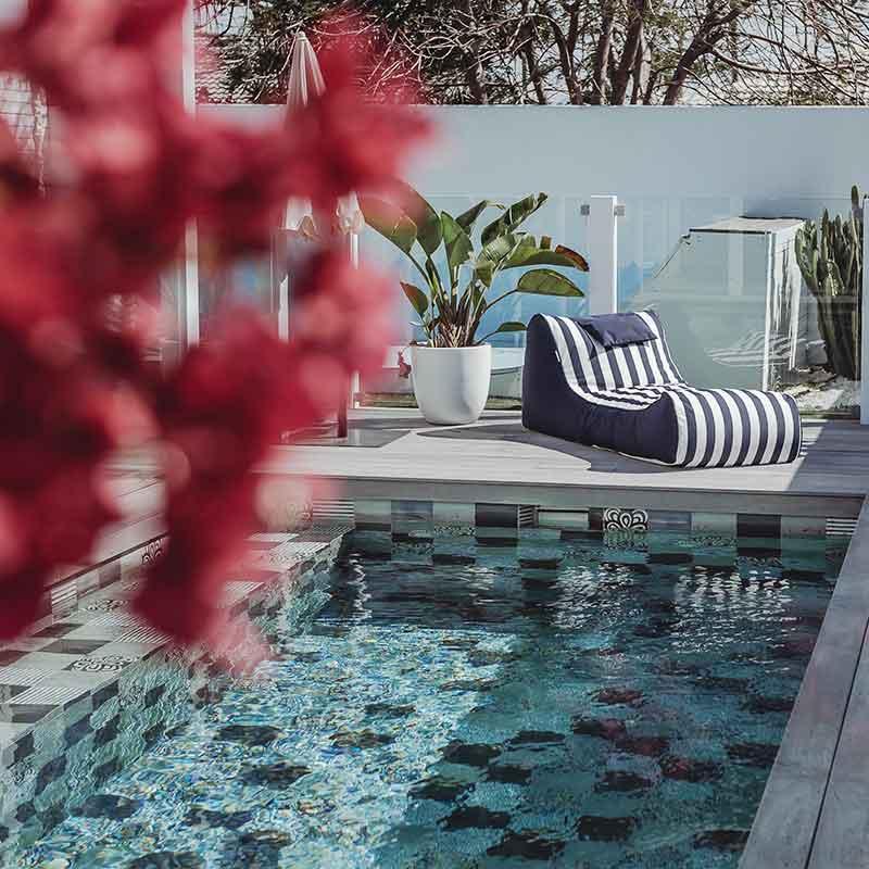 Cojelo Suave Navy & White Striped | Olefin | Sun Lounge
